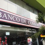 Banco de Comercio chacarilla cerca al edificio VISTACORP